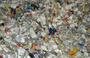 Plastiques déchiquetés